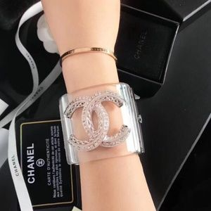C bracelet